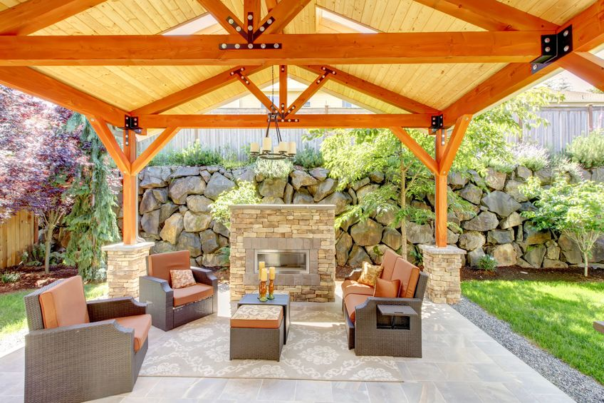Stage Your Small Yard to Sell - WasatchHomesandEstates.com